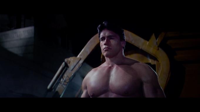 O duelo entre Arnolds é um dos bons momentos do novo filme