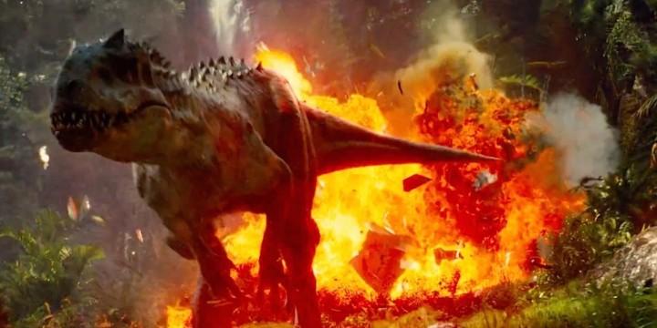 O Indominus Rex devorou todos os seus adversários na bilheteria