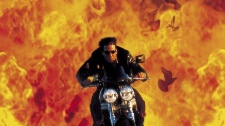 mission-impossible-2-tom-cruise-as-ethan-hunt-on-bike