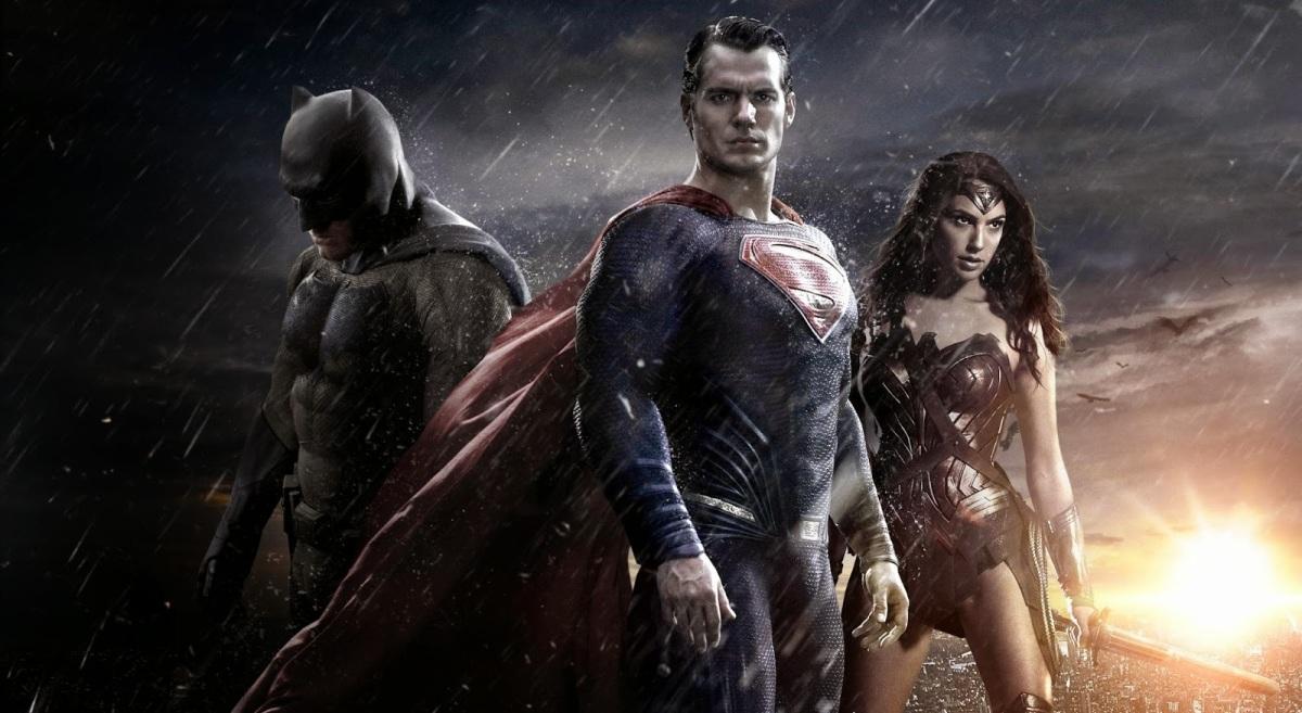 """Super Heróis """"Sombrios e realistas"""": vantagens e desvantagens"""