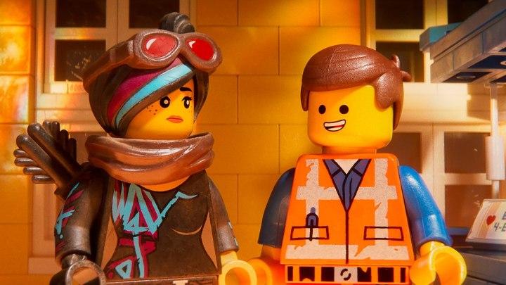 LEGO 2 04